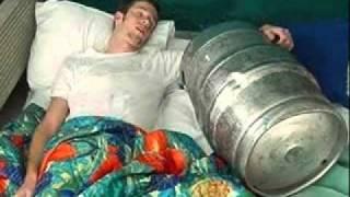 Приколы над спящими людьми)).flv