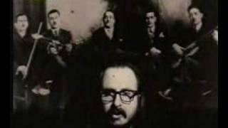 Dionysis Savvopoulos - Me aeroplana ke vaporia (1973 clip)
