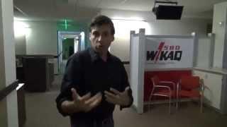 ¡Resuélveme Tecnético! por WKAQ 580 tras bastidores (
