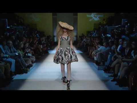 Vivienne Westwood Anglomania - Spring/Summer 2011 - Paris Fashion Days