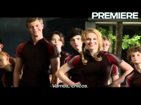 Behind the scenes footage of The Hunger Games starring Jennifer Lawrence from Premiere - Part 1 en streaming