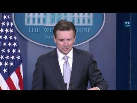 11/29/16: White House Press Briefing