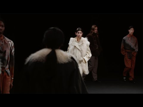 LEMAIRE / Fall-Winter 2021 Runway