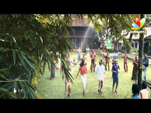 Omanapoove Full Song  from Oru Indian Pranayakatha |  Fahadh Faasil, Amala Paul, Innocent