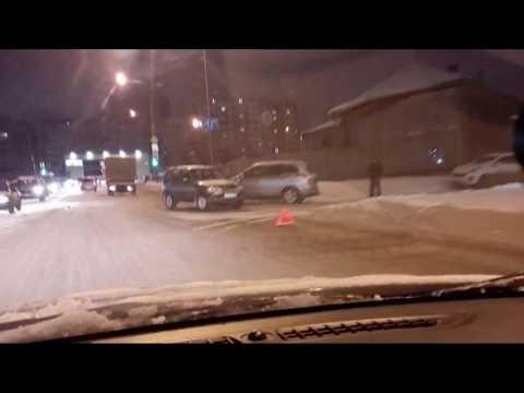 Снегопады накрыли Средний Урал