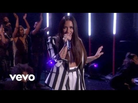 Demi Lovato - Sorry Not Sorry Live From The Ellen DeGeneres Show