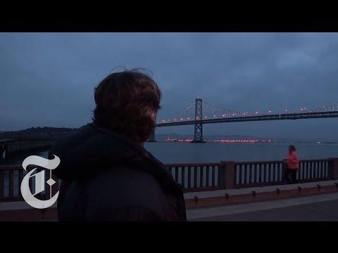 Bay Bridge Lights: An LED Art Installation   The New York Times