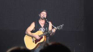 C2C 2015, Kip Moore - Don't Look Back In Anger (Cover)