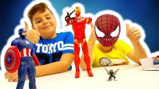 Sfida di coppia CHALLENGE DIVERTENTE Iron Man VS Superman e Capitan America: Avengers