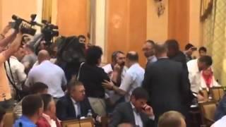 Потасовка в Одесском горсовете из-за вопроса о признании РФ агрессором