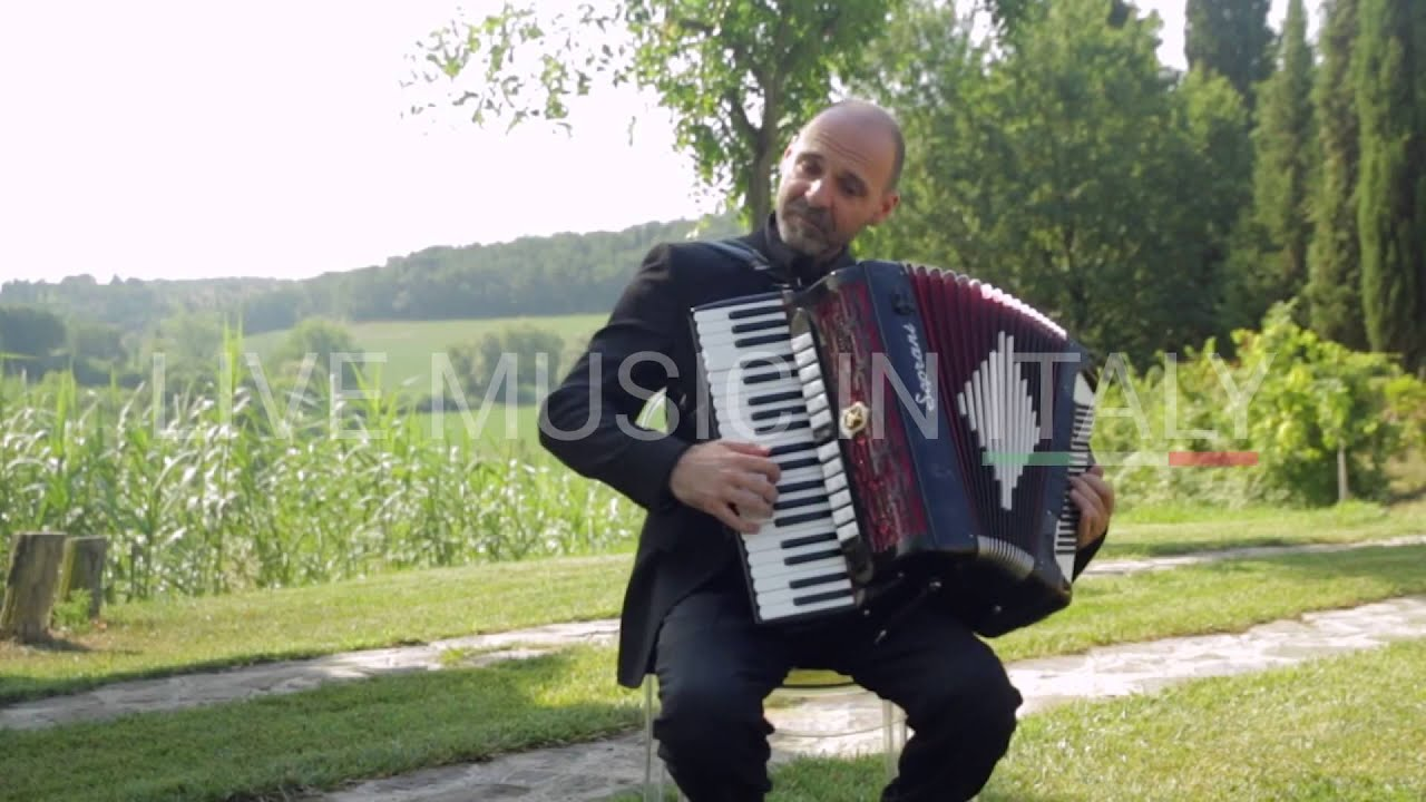 Accordion in Tuscany