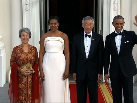 Obamas Welcome Singapore PM for State Dinner