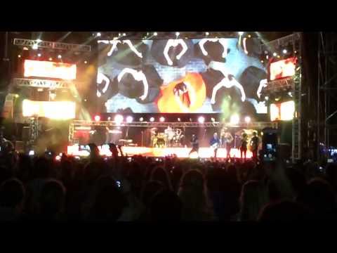 Bailando - Enrique Iglesias Metro concierto en Cartagena