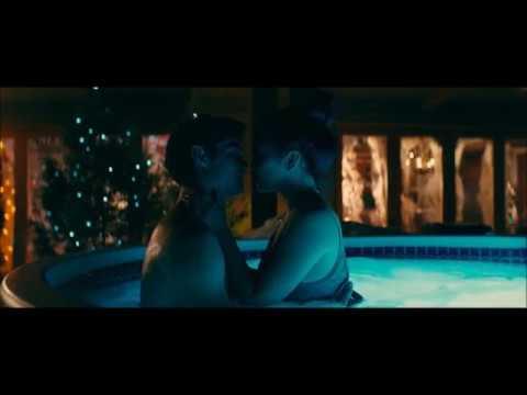 Lara and Peter Hot tub TATBTIL Kiss