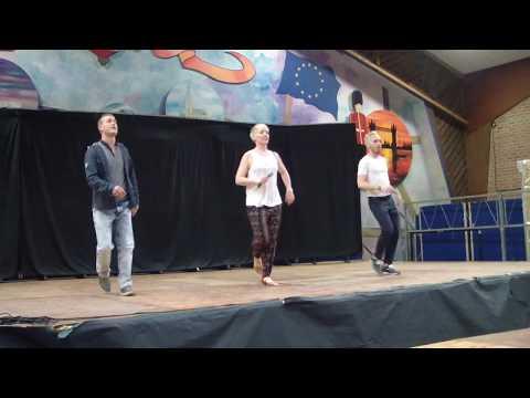 Dame Mas / Line Dance