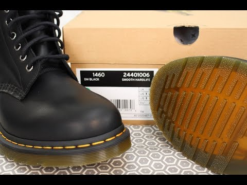 **NEW RELEASE** Dr Martens HARDLIFE 1460 Boots *First Impressions*  (24401006)