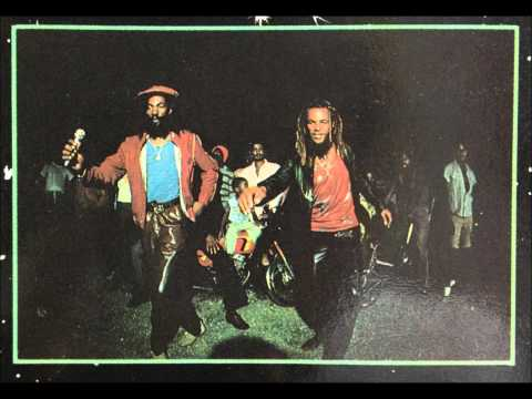 Don Carlos And Gold/Music Crave