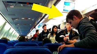 Mann lässt Soldatin nicht auf diesem Platz sitzen, dann reicht sie ihm eine Notiz ...
