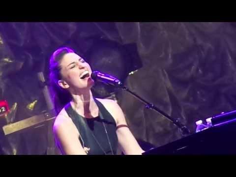 Sara Bareilles – Brave (at Radio City Music Hall 10/9/13)