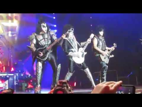 Detroit Rock City, Kiss live in Birmingham 2019