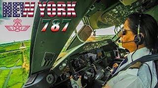 Piloting the BOEING 787 Dreamliner into New York JFK
