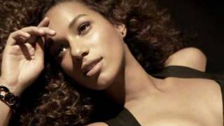 Leona Lewis - Broken [HQ] (Official Echo Album Music) + Lyrics