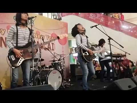 MUDA MUDI By T Koes Band