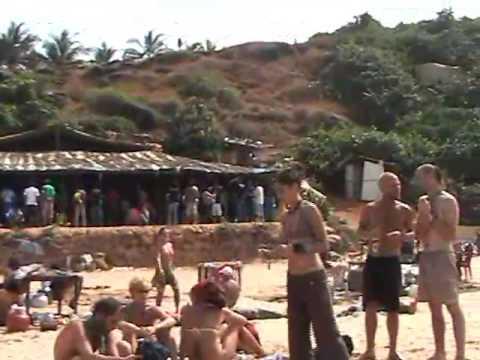 INDIA GOA NEW YEAR 2006 LABO.graphix