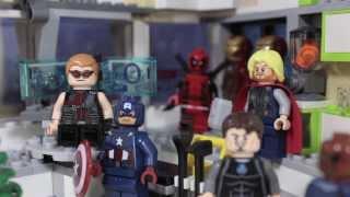 LEGO MOTEL 13: How the Avengers Stole Krissmiss