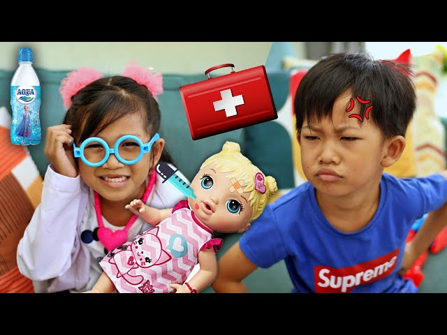 Rafa GREGETAN! Hana Jadi Dokter Cilik Kok Gini Sih?DRAMA Main Dokter-Dokteran Bayi Lucu ft Aqua Kids
