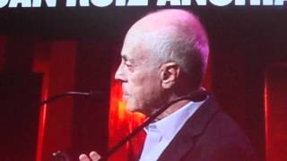 FISETV1-JUAN RUIZ ANCHIA RECIBE UN MIKELDI DE HONOR