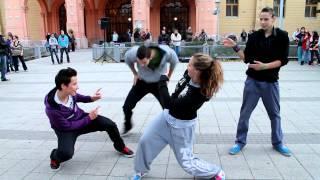 Gangnam style flashmob T.S.T. Hip Hop Tánciskola a Kecskeméti Főtéren