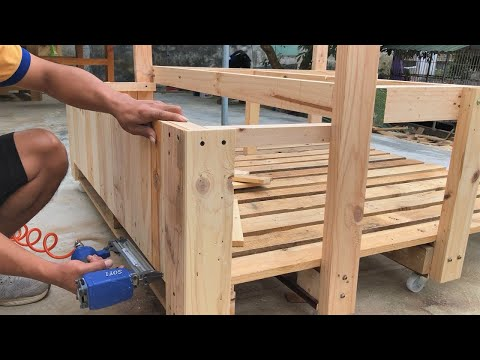 Great Woodworking Ideas From Pallets // Beautiful and Unique Garden Interior Design Ideas