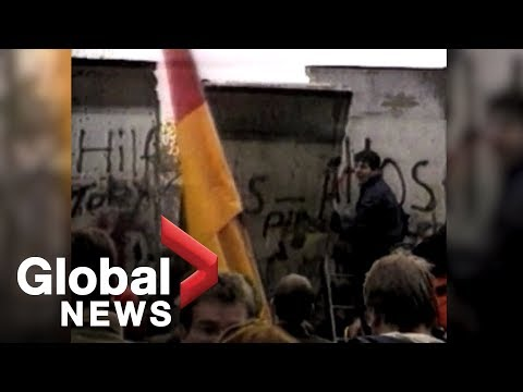 ARCHIVE: The fall of the Berlin Wall