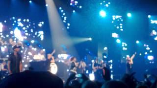 Cheek ft. Yasmine Yamajako -Syypää sun hymyyn Live @Helsingin vanha jäähalli 22.09.13