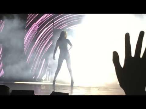 Selena Gomez - Same Old Love [Live The Revival Tour Jakarta]