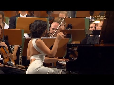 "Khatia Buniatishvili - Liszt: Liebestraum No.3 ""Dreams of Love"" A flat major. Encore on concert 2017"