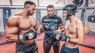 Bodybuilder vs Lauch! Sparring!