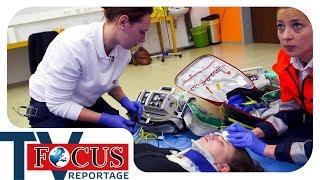 Retter unter Druck: Prüfung für Rettungssanitäter - Focus TV Reportage