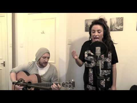 Laura White Wednesdays E002 - Happy by Pharrell Williams