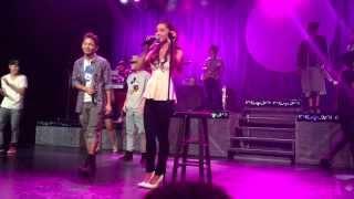 "Ariana Grande Sings Justin Bieber's ""As Long As You Love Me"""