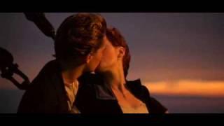 """Поцелуй из фильма """"Титаник"""