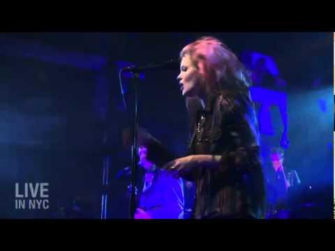 The Kills - Future Starts Slow (Live In NYC: 10th Anniversary Show)