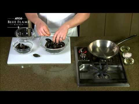 How to Clean and Cook Mussels