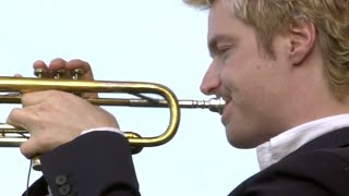 Watch Chris Botti Embraceable You video