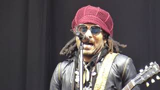 Lenny Kravitz - Fly Away   -  Pinkpop  9-Jun-2019