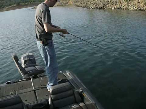 Don pedro lake bass fishing youtube for Lake don pedro fishing report
