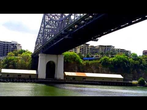 Story Bridge Brisbane city cat ferry