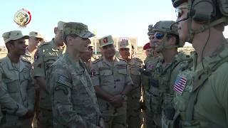 قائد القيادة المركزية الأمريكية يتفقد القوات المشاركة بـ