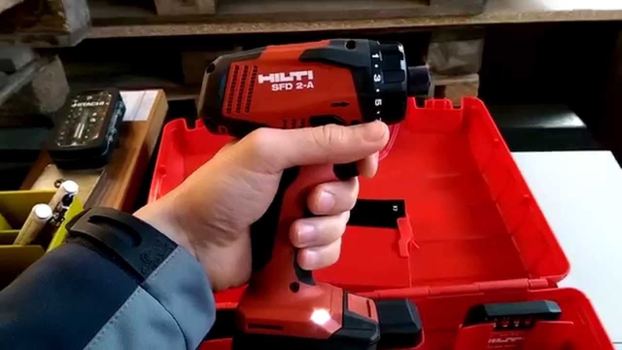 Chargers 23538 C additionally 10 8 V Li Ion Impact Driver Kit Mpn Td090dw additionally 136629 besides Black Decker Epc12 12v Cordless Screwdriver additionally Watch. on 12v cordless drill
